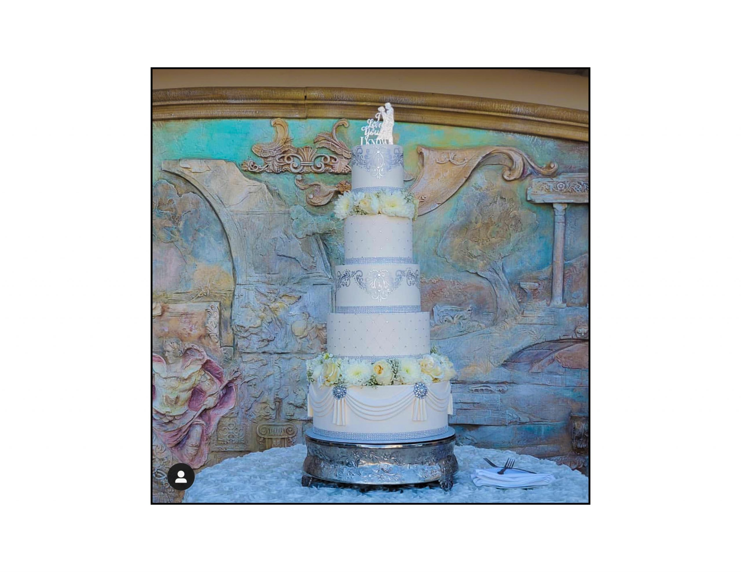 wedding cake, Above and Beyond Cakes, Grand Island Mansion, Sacramento county wedding, Rev. Jeri Murphy